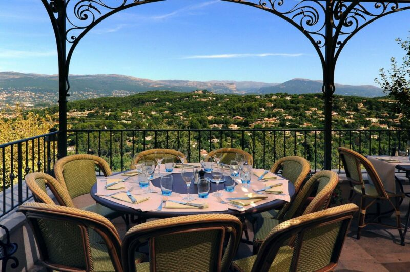 The L'Amandier terrace offers a stunning view