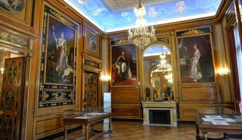 The exhibit in the museum inside Villa Massena