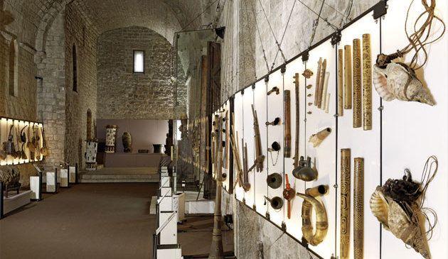 Musée de la Castre exhibit