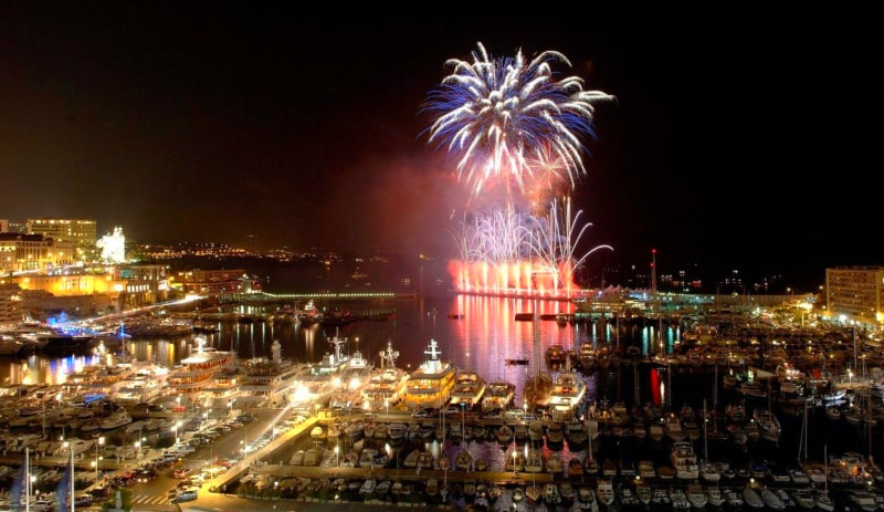 french riviera new year fireworks